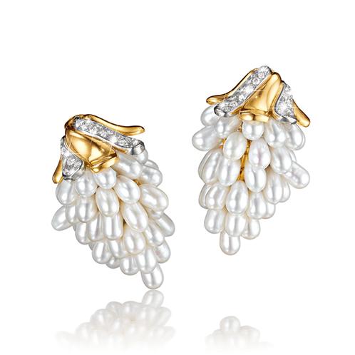 Verdura-Jewelry-Grape-Earclips-Gold-Diamond-Pearl