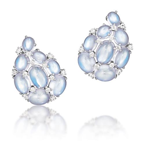 Verdura-Jewelry-Paisley-Earclips-Gold-Moonstone