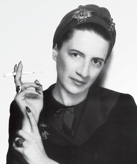 Verdura-Jewelry-Theodora-Ravenna-Brooch-Diana-Vreeland-George-Hoyningen-Huene-Circa-1937