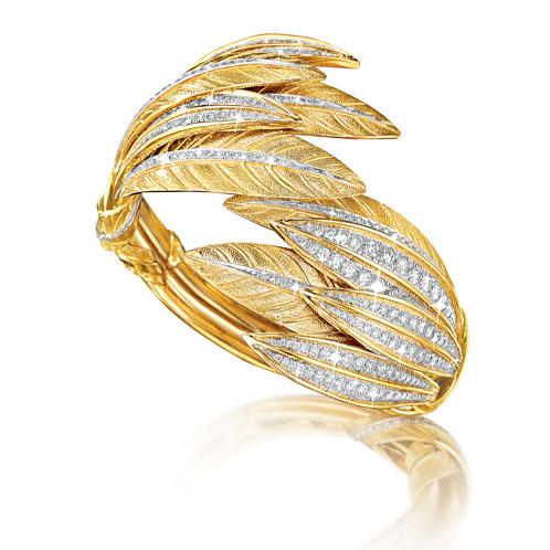 Verdura-Jewelry-Tiara-Feather-Bracelet-Gold-Diamond