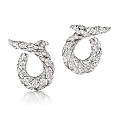 Verdura-Jewelry-Twisted-Horn-Earclips-Diamond-Platinum