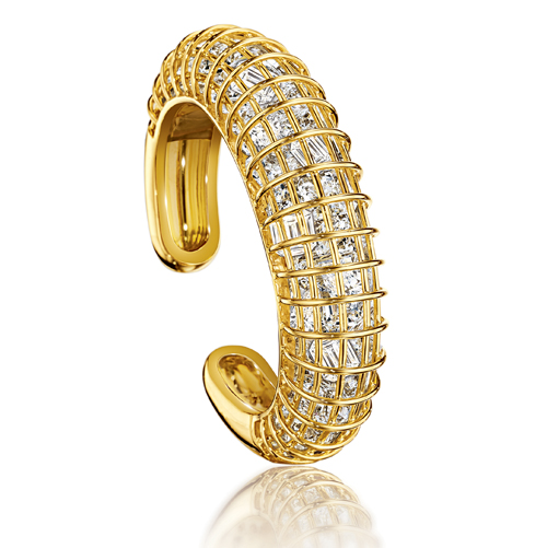 Verdura-Jewelry-Caged-Cuff-Gold-Rock-Crystal-Top-View-2018