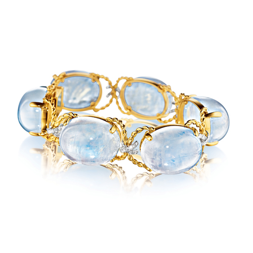 Verdura-Jewelry-Pebble-Bracelet-Moonstone-Diamond